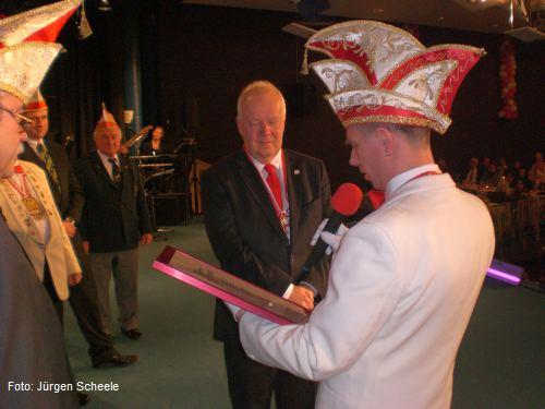 Ernennung von Klaus Timaeus zum 31. Ehrensenator der Fidelen Ricklinger